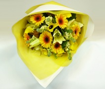 Yellow flower bouquet. Free delivery in Auckland.