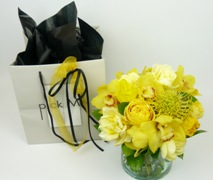 Posy of fresh flowers in glass vase. Free Delivery North Shore Auckland Wide.