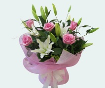 mothers day bouquet of roses and lillies. free delivery Auckland wide.