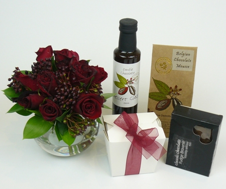 Roses and Chocolates Gift Set