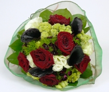 posy of flowers including lush red roses delivery in Auckland.