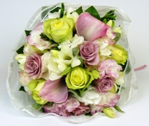 Posy of soft pastel flowers in pinks and whites and greens. Flower Delivery North Shore Auckland.
